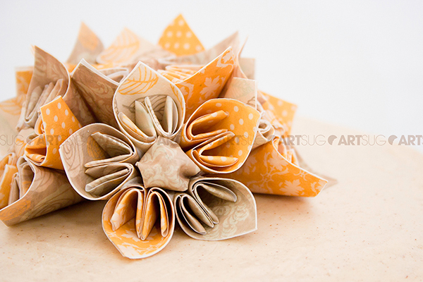 How to make an edible origami flower with edible paper / Comment fabriquer une fleur en origami comestible