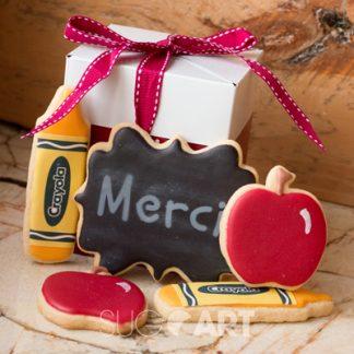 Boite de biscuits classique pour la fin des classes